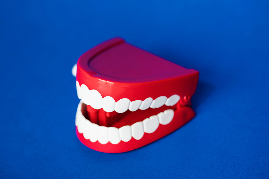 How to Clean Your Dentures: The Best Tips You Should Know